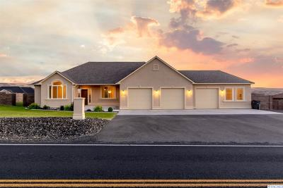 Kennewick Single Family Home For Sale: 73503 Reata Rd