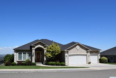 Richland Single Family Home For Sale: 286 Meadow Hills Dr