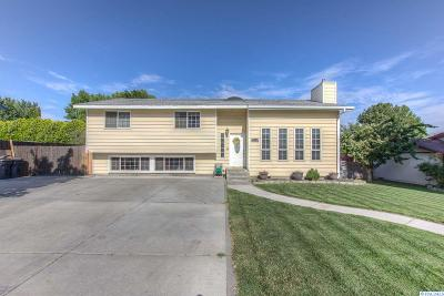 West Richland Single Family Home For Sale: 5115 Dove Lane