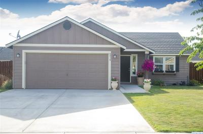 Pasco Single Family Home For Sale: 6016 Washougal Lane