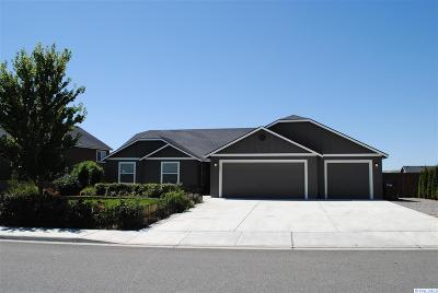 West Richland Single Family Home For Sale: 2067 Crab Apple Circle