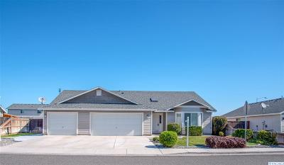 Pasco Single Family Home For Sale: 5507 Salem Dr
