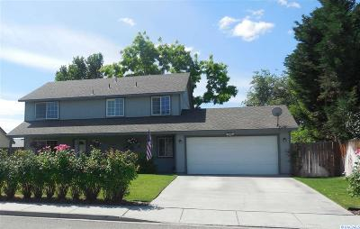 West Richland Single Family Home For Sale: 4981 Thrush Lane