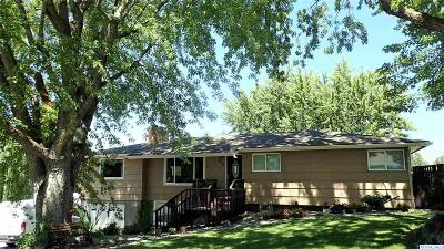 Kennewick Single Family Home For Sale: 516 W 36th Ave.