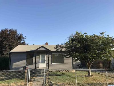 Grandview Single Family Home For Sale: 304 Adams St
