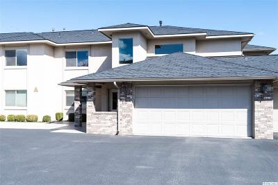 Kennewick Condo/Townhouse For Sale: 3710 Canyon Lakes Dr A204 #A204