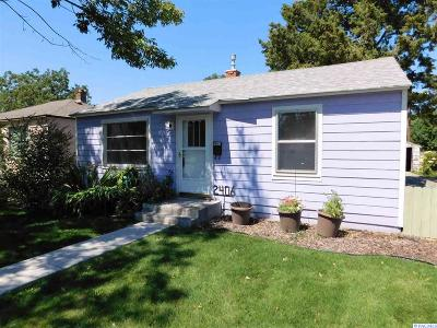 Kennewick Single Family Home For Sale: 2406 W 4th Place