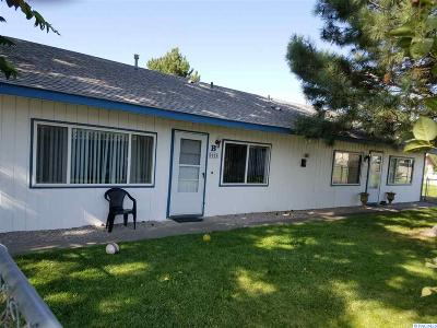 Kennewick Multi Family Home For Sale: 5114 W Canal Dr.