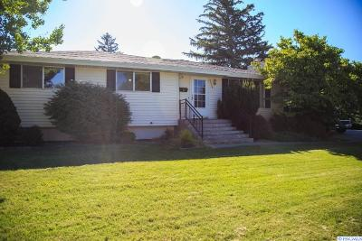 Richland WA Single Family Home For Sale: $237,000