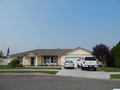 Pasco WA Single Family Home For Sale: $275,000