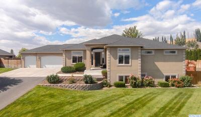 Kennewick Single Family Home For Sale: 326 Cindy Road