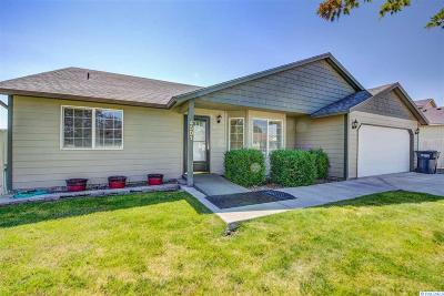 West Richland Single Family Home For Sale: 4501 Kendall Way