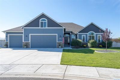 West Richland Single Family Home For Sale: 6251 Basalt