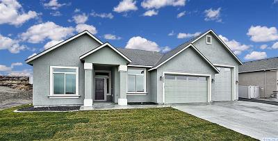 Kennewick Single Family Home For Sale: 2990 S Harrison Street