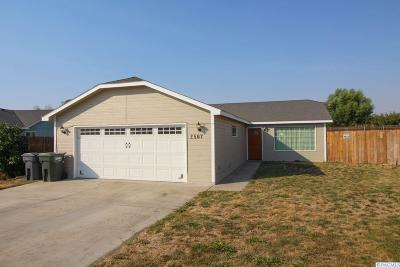 Pasco Single Family Home For Sale: 2507 Butte Court