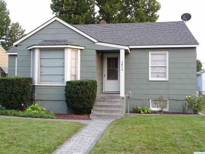 Pasco Single Family Home For Sale: 1016 W Park St