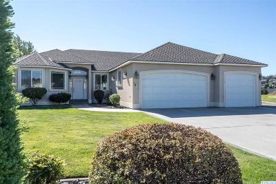 Canyon Lakes Villas, Canyon Lk, Canyon Lk 20, Canyon Lk1, Canyon Lk2, Canyon Lk9 Single Family Home For Sale: 3502 Canyon Lakes Drive
