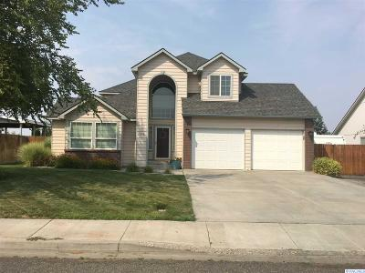 Richland Single Family Home For Sale: 1606 Venus Circle