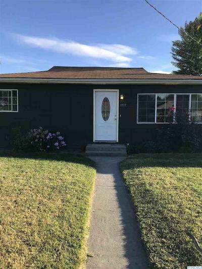 Sunnyside Single Family Home For Sale: 1517 Gregory Ave.