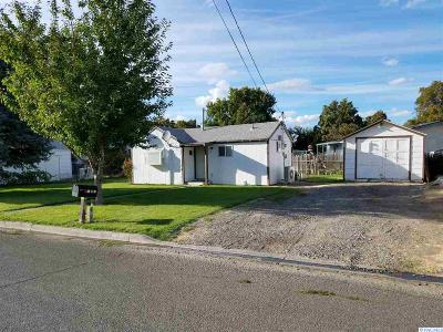 Kennewick Single Family Home For Sale: 17 E 13th