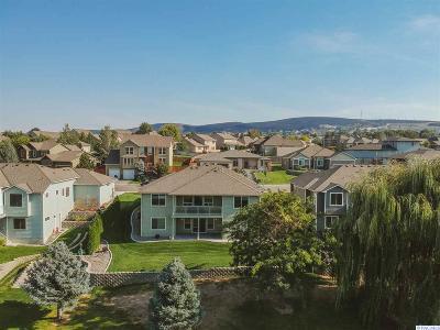 Canyon Lakes Villas, Canyon Lk, Canyon Lk 20, Canyon Lk1, Canyon Lk2, Canyon Lk9 Single Family Home For Sale: 3410 W 34th