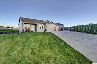 Kennewick Single Family Home For Sale: 83535 E Reata Rd