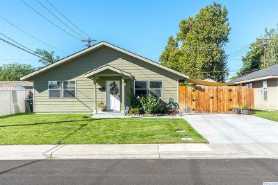 Richland WA Single Family Home For Sale: $240,000