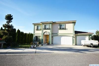 Prosser Single Family Home For Sale: 100 SW Kelandren Dr.