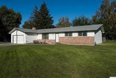 Kennewick Single Family Home For Sale: 1611 N Colorado St