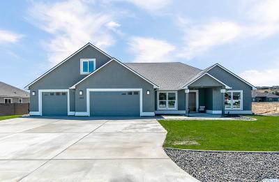 Kennewick Single Family Home For Sale: 84803 Wallowa