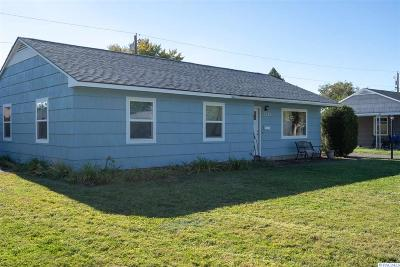 Richland WA Single Family Home For Sale: $233,000