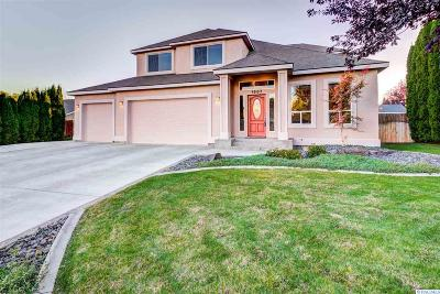 West Richland Single Family Home For Sale: 1807 S Highlands Blvd