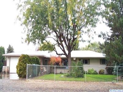 Kennewick Single Family Home For Sale: 2322 W 16th Ave
