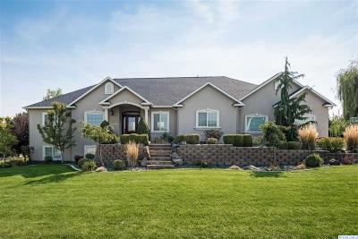 Kennewick Single Family Home For Sale: 8113 W 10th Ave