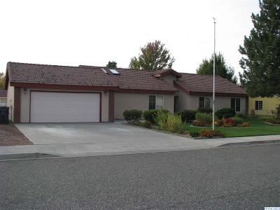 West Richland Single Family Home For Sale: 2611 Royal Palm