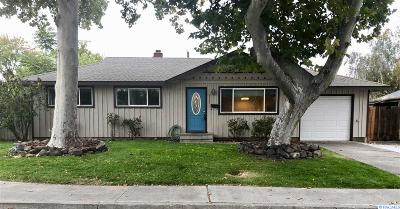 Kennewick Single Family Home For Sale: 2528 W 6th Place