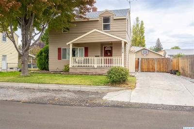 Richland WA Single Family Home For Sale: $242,000