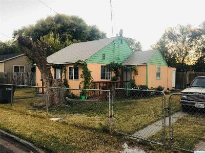 Sunnyside Single Family Home For Sale: 1227 S 14th St.