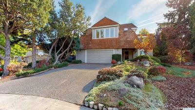 Richland Single Family Home For Sale: 113 Peachtree Lane