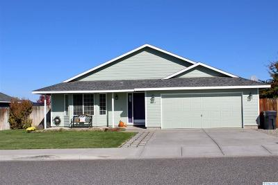 Pasco Single Family Home For Sale: 8607 Packard Dr