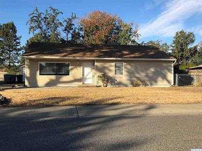Richland Single Family Home For Sale: 603 Cottonwood Drive