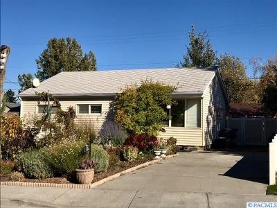 Richland WA Single Family Home For Sale: $169,000