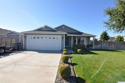 Pasco Single Family Home For Sale: 9712 Palomino
