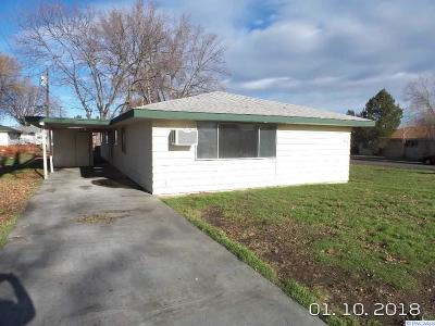 Kennewick Multi Family Home For Sale: 1602 W 6th Ave