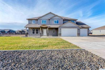 Pasco Single Family Home Active U/C W/ Bump: 6804 Sandy Ridge Rd