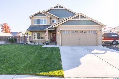 Pasco Single Family Home For Sale: 4119 Phoenix Lane