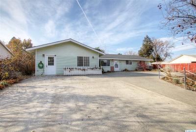 West Richland Single Family Home For Sale: 783 N 60th