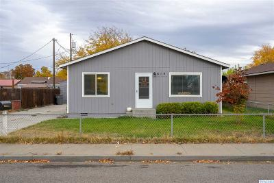 Kennewick Single Family Home For Sale: 615 S Hawthorne Pl