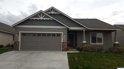 Richland Single Family Home For Sale: 524 Lakerose Loop