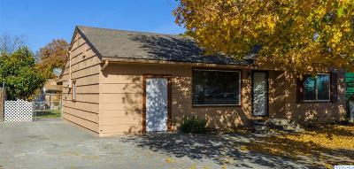 Kennewick Single Family Home For Sale: 2202 W 4th Ave
